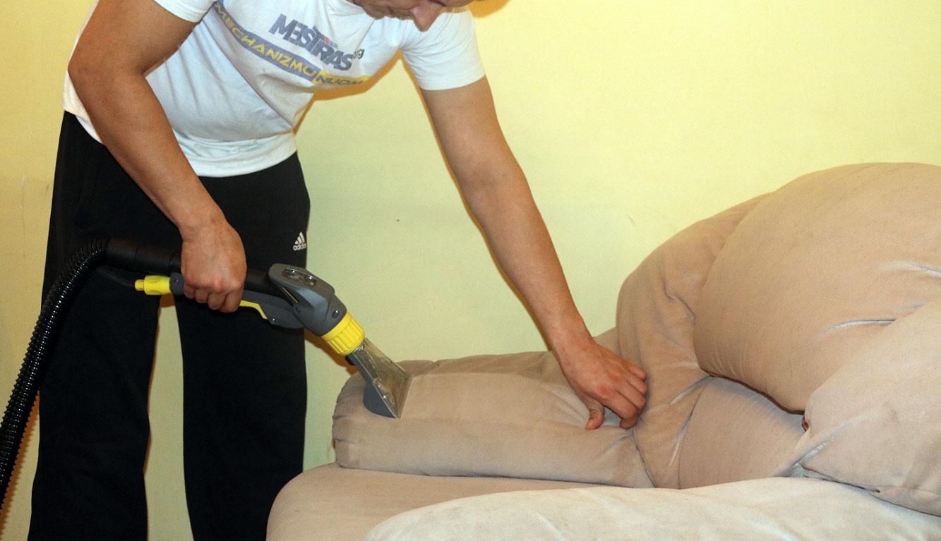 Giluminis valymas, baldų kilimų atnaujinimas